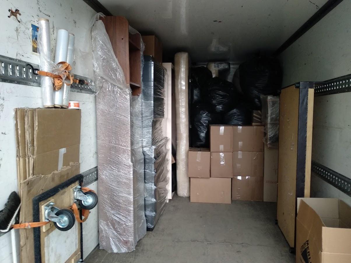 Перевозка вещей и мебели автотранспортом по России из Санкт-Петербурга